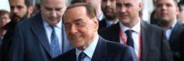 Berlusconi 'ritocca' simbolo FI