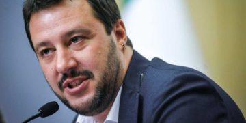 Salvini spiazza gli alleati