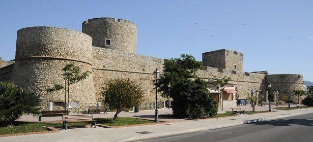 A spasso nel Castello Svevo Angioino
