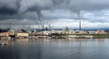 Ilva: Di Maio a Arcelor, 'male piani ambiente e occupazione'