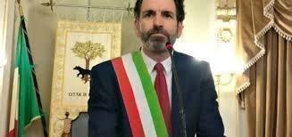 Minacce di morte al sindaco di Lecce Carlo Salvemini