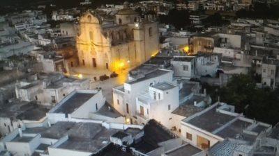 Turisti ringraziano i cittadini di Uggiano la Chiesa