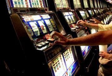 Gioco d'azzardo online, ogni anno speso più di un miliardo