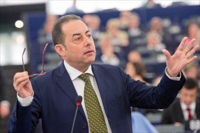 Pittella: dobbiamo costruire grande alleanza da Macron a Tsipras