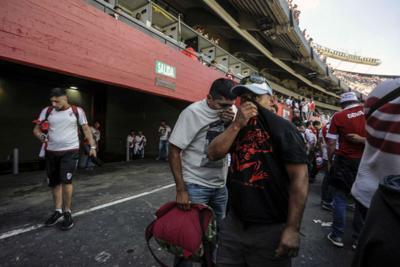 Assaltato bus Boca, calciatori feriti