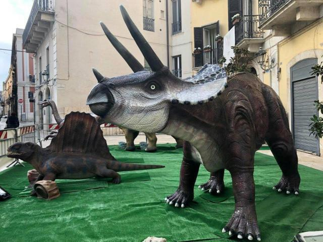 Nei prossimi giorni  il cantiere valle dei dinosauri apre per una breve visita