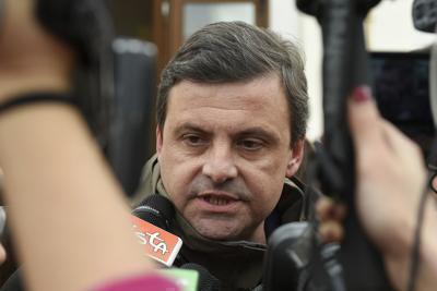 """Calenda difende Conte: """"Burattino al premier? Mi inc…."""""""