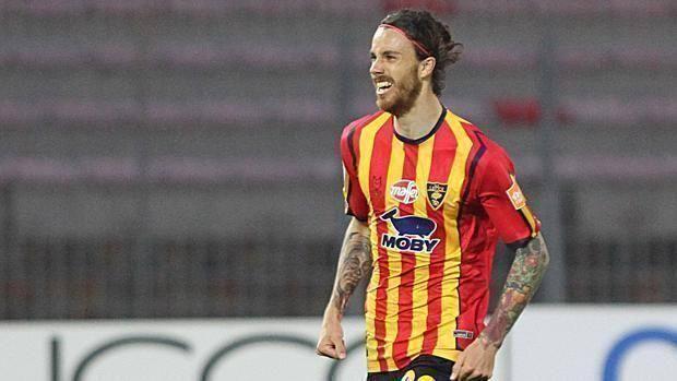 Calcio, il Lecce a due passi dalla serie A