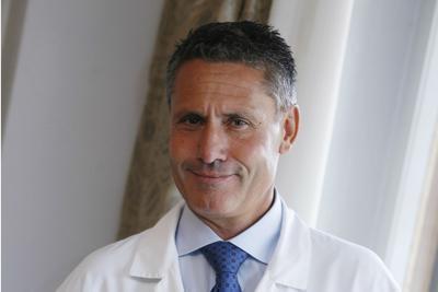 """""""Su politici diagnosi inopportune"""", neurologo   contro Recalcati"""