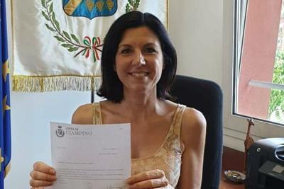 Ricatti hard, 3 indagati per foto sindaco Ciampino