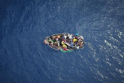 """Alarm Phone: """"Barca in difficoltà, in 40 a bordo"""""""