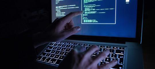 Hacker rubano 7,5 terabyte a una società fornitrice dei servizi segreti russi
