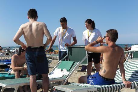 Missioni spiagge, evangelizzare turisti