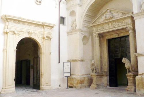 """Il chiostro dei Carmelitani sarà la """"memoria"""" fotografica della città"""