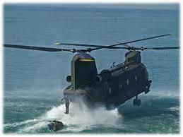 In volo su un elicottero 'CH47 F' dell'Esercito