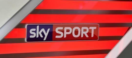 È stata bloccata la tv pirata Zsat, riproduceva in Italia l'intero palinsensto di Sky