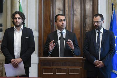 """Di Maio fissa i paletti M5S. Zingaretti: """"Basta ultimatum"""""""