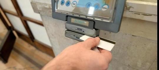 """Scoperti 5 """"furbetti del cartellino"""" in Sicilia, scattate le misure cautelari"""