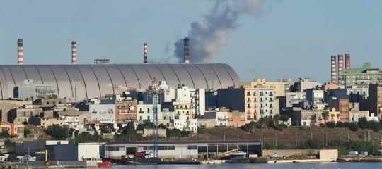 Il MEF ( Ministero Economia e Finanza) nega l'accesso alle informazioni ambientali contenute nel contratto del 10 dicembre 2020 tra Arcelormittal S.p.A. e Invitalia