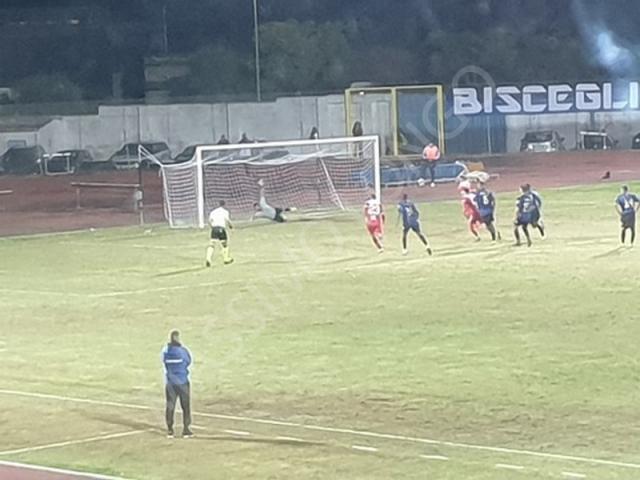 Il Bari vince il match di Bisceglie senza troppa fatica