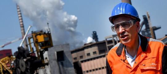"""L'addio di ArcelorMittal scuote il governo. Il ministero dello Sviluppo: """"L'ex Ilva non chiude"""""""