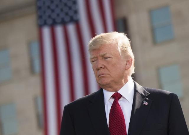 La giustizia di Trump: nemici licenziati, amici graziati