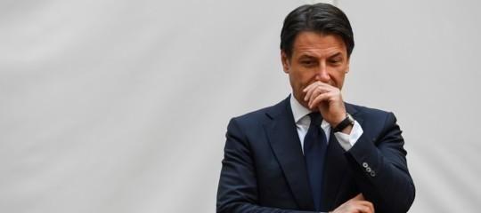 """""""Il riscatto di Taranto ci sarà"""". La vigilia di Natale di Conte all'ex Ilva"""