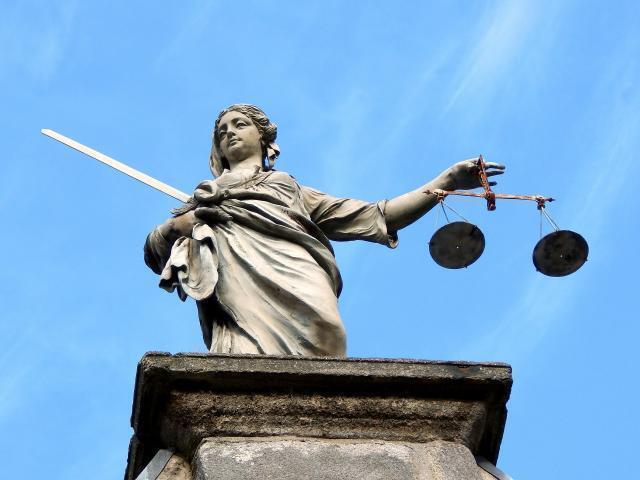 Polonia: è scontro tra giudici e governo