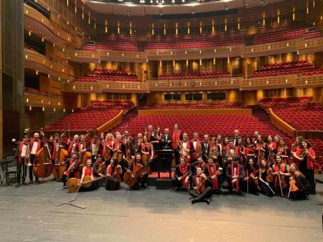 Un Marco Polo altamurano con la sua orchestranei più prestigiosi teatri cinesi
