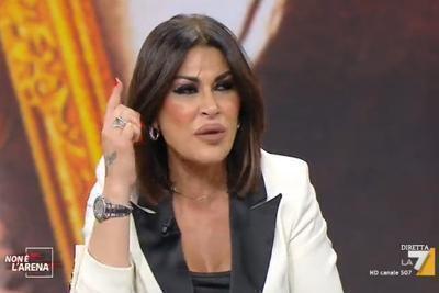Tina Rispoli attacca Saviano: E' un pazzo