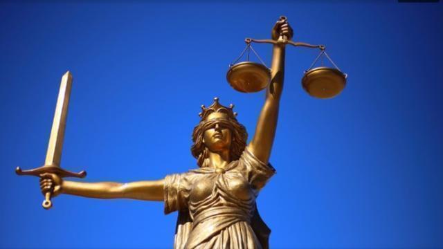 Diffusione virale della normativa d'urgenza e dpcm. Limiti e legittimità costituzionale dei dpcm ante 25 marzo 2020