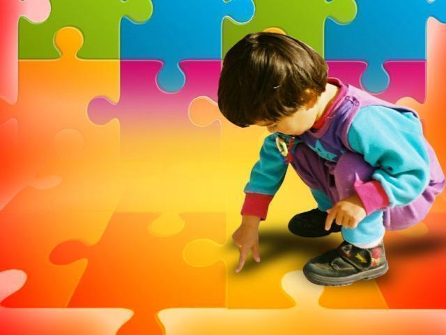 Disperato appello di due genitori di bambino autistico