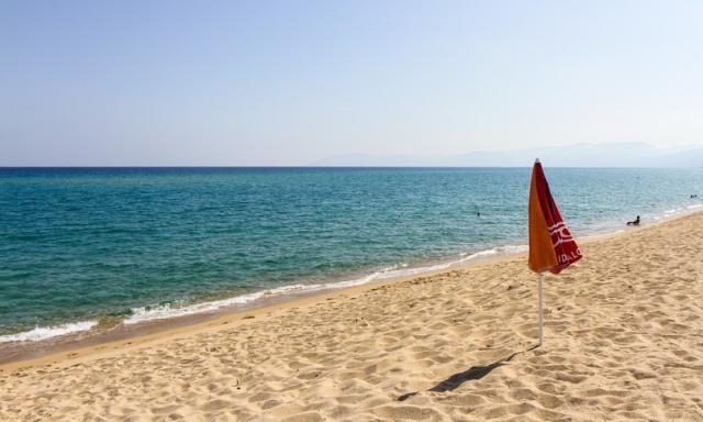 La Sardegna riapre le spiagge