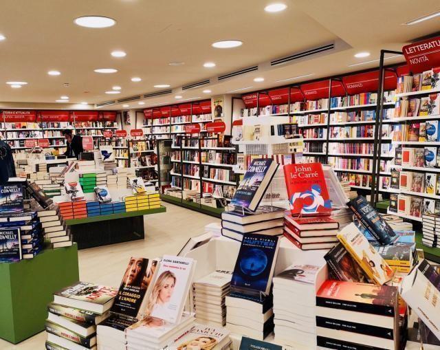 Mondadori store: dieci nuove librerie in franchising