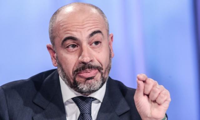 Paragone ha lanciato un nuovo partito e una candidata sindaca di Roma