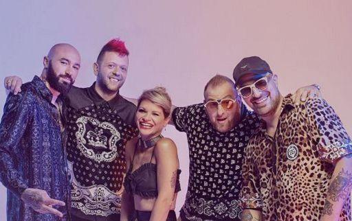 """""""Karaoke"""" dei Boomdabash con Alessandra Amoroso è disco di platino"""