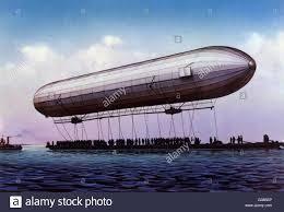 Lo Zeppelin compie 120 anni