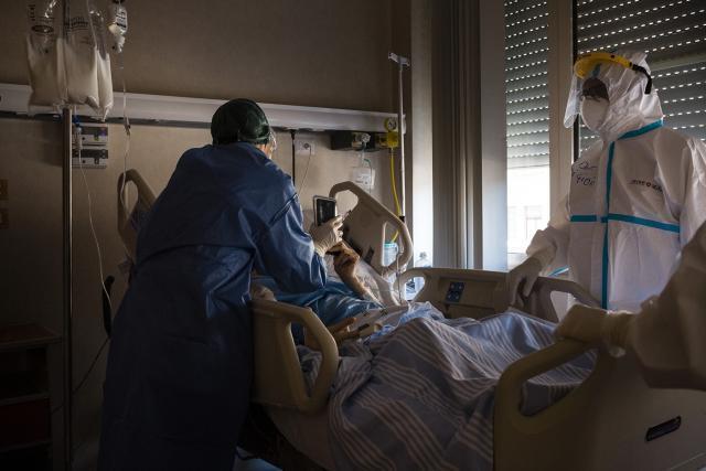 L'hashtag lanciato dai medici durante l'emergenza Covid19 diventa un libro