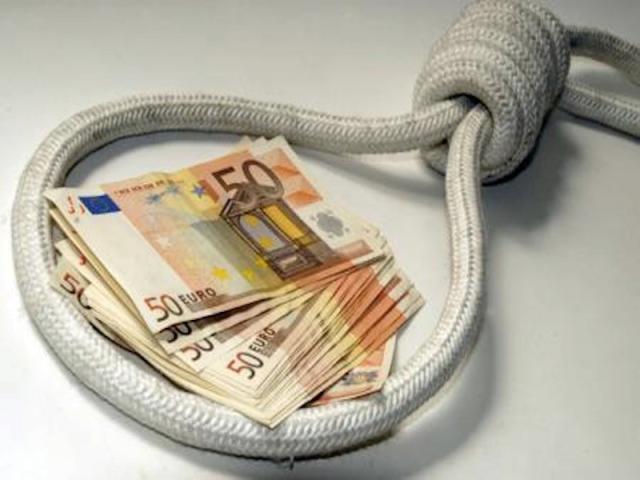 Figli dati in pegno agli usurai, per saldare i debiti di famiglia