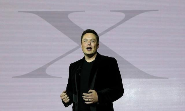 Tesla annuncia 104 milioni di dollari di utile nel secondo trimestre
