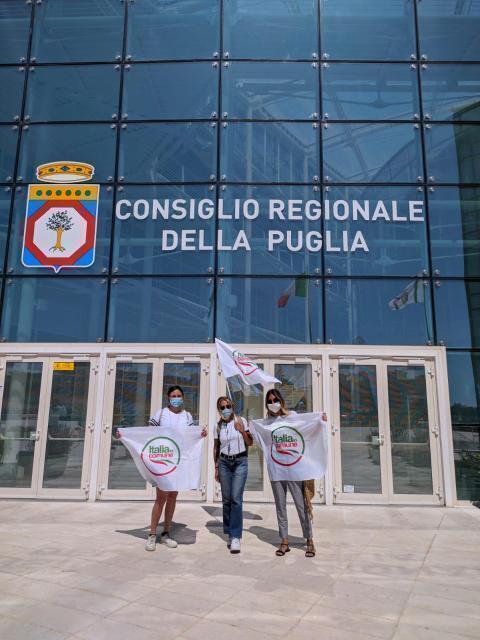 """Le donne Italia in Comune Puglia: """"noi candidate comunque, i nostri in aula fino all'ultimo"""""""