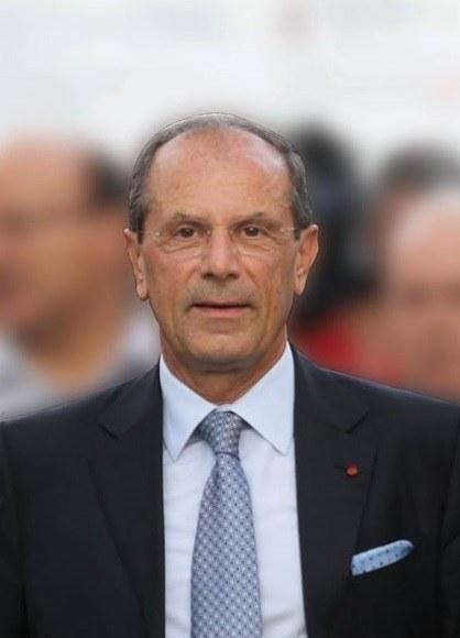 L'Oncologo Francesco Schittulli per l'informazione