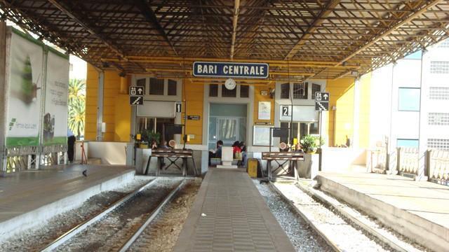 Allarme bomba alle Ferrotramviariadi Bari