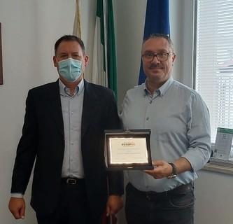 """Assegnato a due sindaci salentini il premio """"Amico dell'Ambiente"""" di Stop5G"""