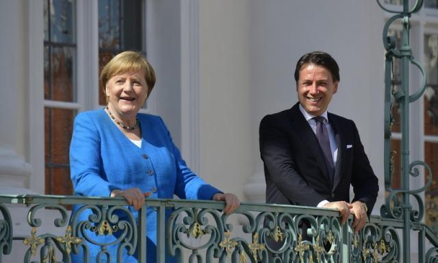 Conte: l'Italia è con Merkel, aspettiamo spiegazioni su Navalny