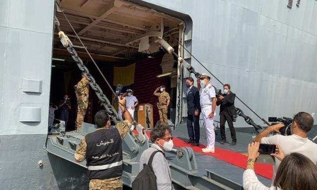 Conte in visita al porto di Beirut a un mese dall'esplosione