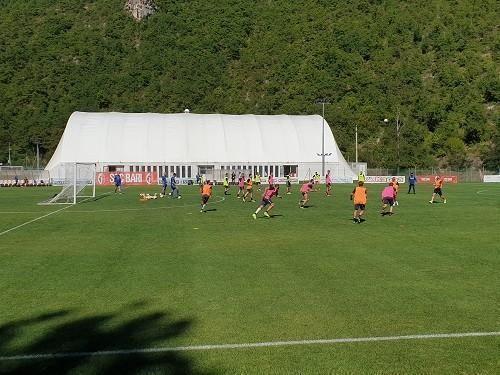Bari – Nella prima gara a campo pieno Folorunsho segna il gol vittoria. Punto sul mercato