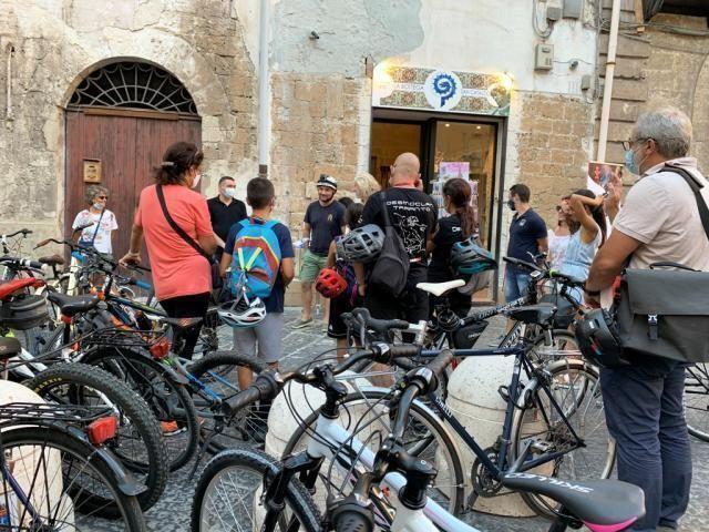 Nuovo appuntamento con bikes Taras tour, viaggio tra erori e miti dell'antichita'