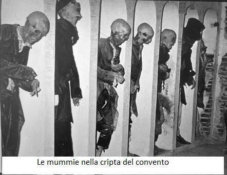 """Le mummie """"naturali"""" di Savoca e quelle """"artificiali"""" di Lodi"""