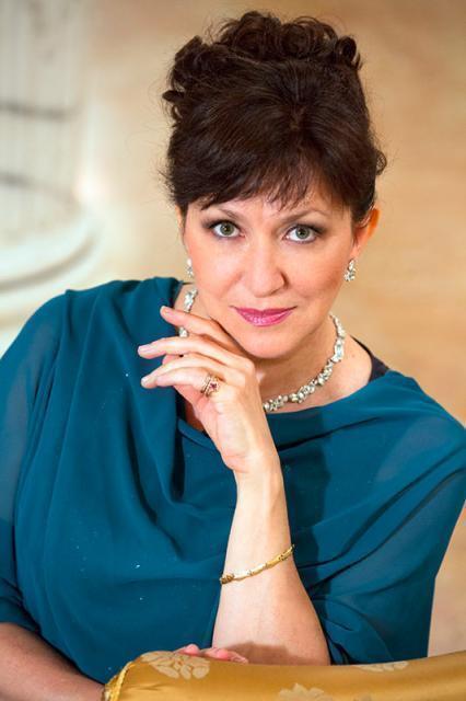 Rai5: Krassimira Stoyanova canta Strauss